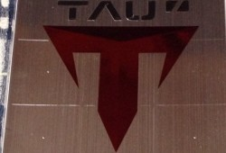 TAU (4)