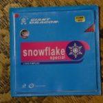 スポンジ効果で脅威の低弾性 「巨龍 snow flake special」ガードスポンジバージョン 0.6mm