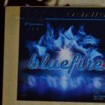気泡の粗い「ブルースポンジ」が特徴 <br>「DONIC blue fire M1」