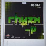 プラスチックボール対応バージョンとして登場<br>程よい硬さとグリップ力が特徴<br>「JOOLA rhyzm-P」