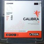 独特の質感を持つトップシートが最大の特徴 ハードスポンジ版<br>「CALIBRA TOUR  H」厚